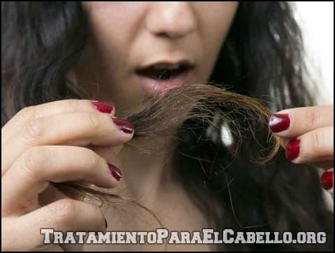 Aceite de almendras para el cabello quemado