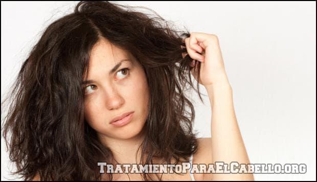 Aceite de almendras para el pelo maltratado
