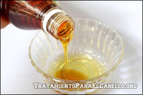 Maizena y aceite de oliva para el cabello reseco