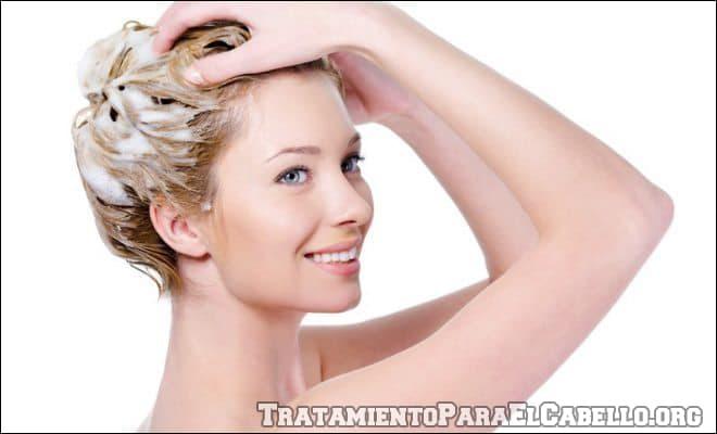 Shampoo de pepino para limpiar impurezas