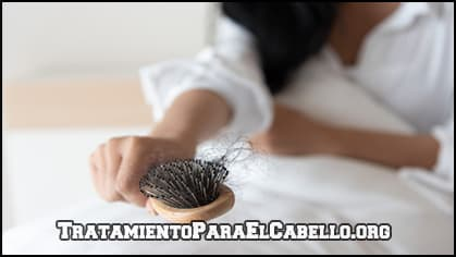 evita la caida del cabello con aceite de ricino